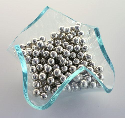 Billes de sucre argentées