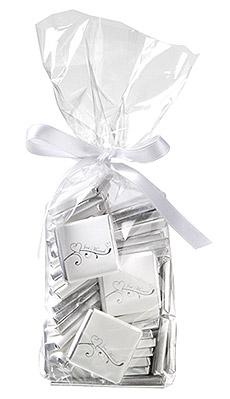 Carrés Chocolat Enveloppés Just Married Blanc Argent