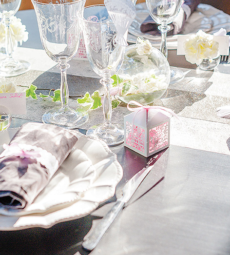 Decoration de Table Mariage Boite Dragée Just Married Elegante