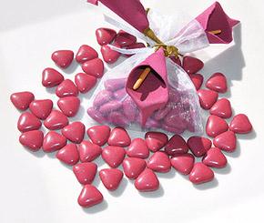Dragées Petits Coeurs Chocolat Fuchsia
