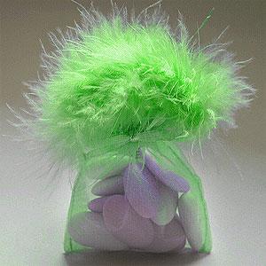 Pochon Plume Boa Organdi Conteannt Dragées Vert Anis