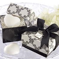La Boite Cadeau Savon Coeur Satin Noir