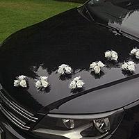Le Set de 4 Mini Bouquets Ventouse pour Voiture des Mariés
