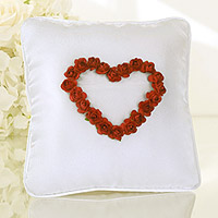 Coussin Alliances Blanc Roses Rouges