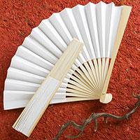 Eventail Blanc Bois Papier Cadeau Invité pas cher