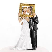 La Figurine des Mariés avec Cadre Doré