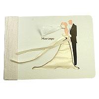Le livre d'Or Detouré Robe et Voile de Mariée
