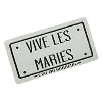La plaque d'immatriculation Vive les Mariés Grise