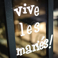 Sticker Lettrage Repositionnable Vive les Mariés