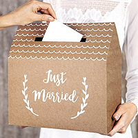 Urne Kraft en Forme de Maison Inscription Just Married