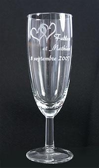 Flutes à Champagne Gravées Prénoms Mariage