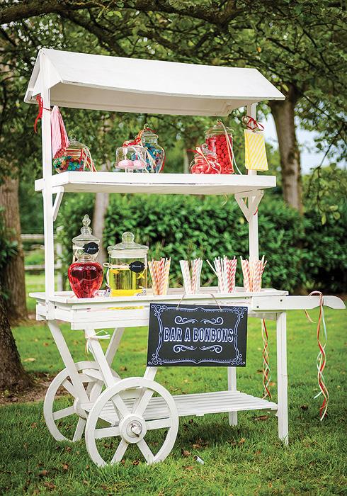 la charrette bar bonbons en bois blanc candy bar bar. Black Bedroom Furniture Sets. Home Design Ideas