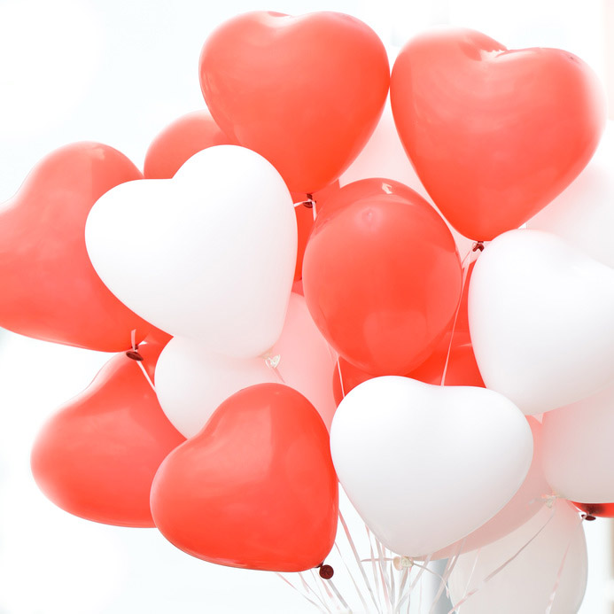 Ballons Coeurs 35cm Blanc Rouge