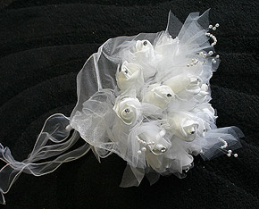 Bouquet Mariage Roses Organza Blanc