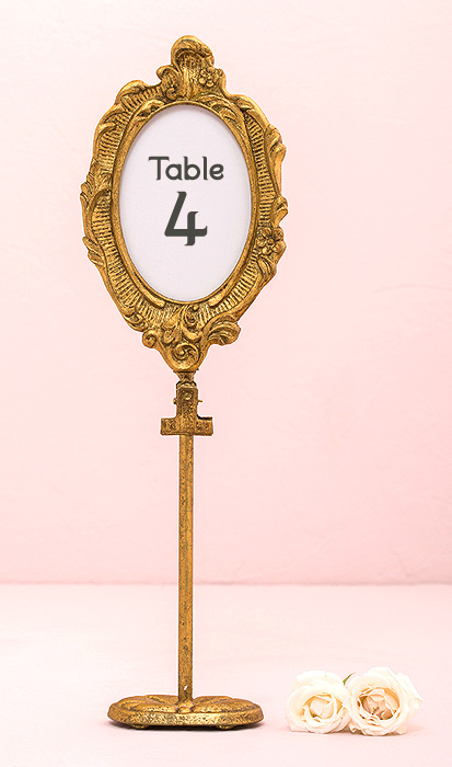 cadre ovale baroque dor marque table sur pied marque table mariage. Black Bedroom Furniture Sets. Home Design Ideas