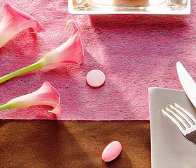 Chemin de Table Tissu Intissé Mariage Fuchsia