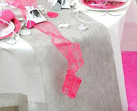 Chemin de Table Tissu Intissé Mariage Gris