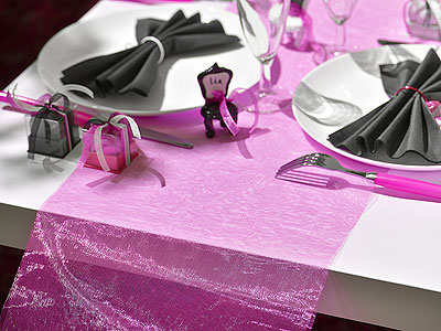 Chemin de Table Organza Uni Fuchsia