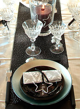Chemin de table Organza Strass Noir