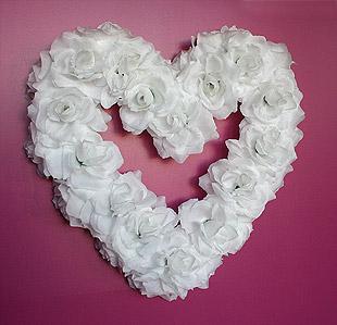 Coeur Géant Roses Blanches Décoration Mariage