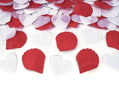 Confettis coeur blanc avec petales de rose bordeaux