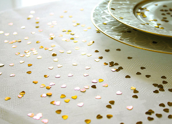 Confettis Déco de Table Métalliques Coeurs Doré