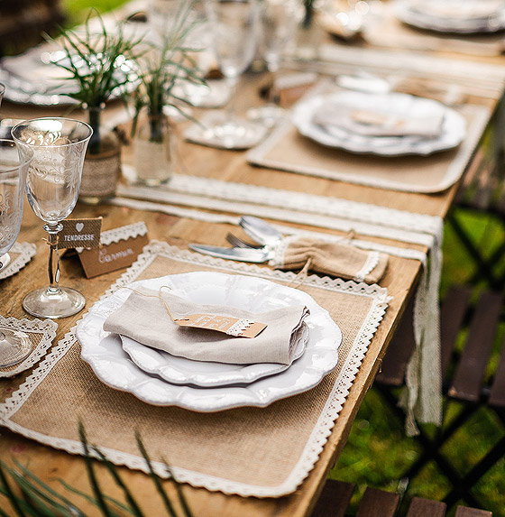 Decoration De Table Jute Et Dentelle