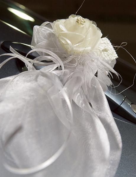 Decoration Fleurs Guirlandes Tulle Voiture Mariage Decoration