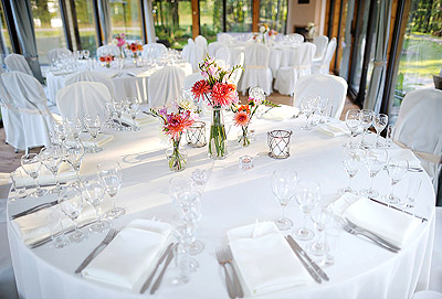 Decoration de table mariage blanc