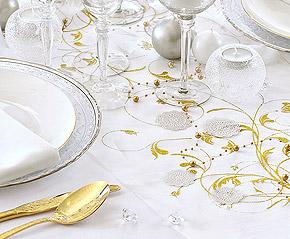 Décoration de table paillettes dorées