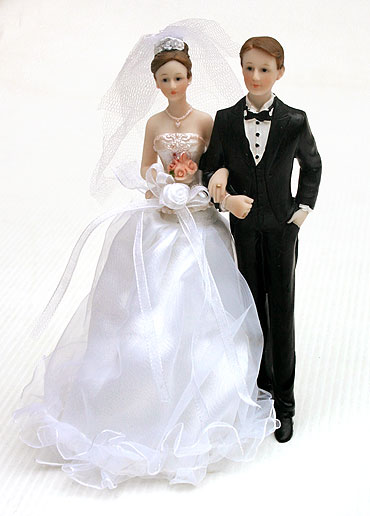 http://www.mariage.fr/shop/images/figurine-maries-1.jpg