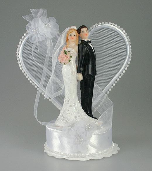 Figurine Gateau De Mariage Couple Dansant Sur Une Barque Par Un Jour ...