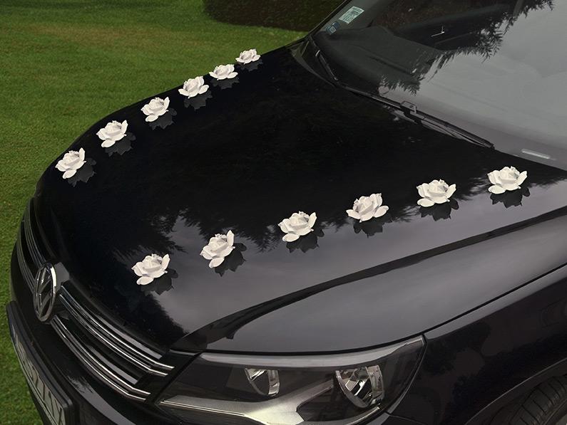 Roses adhésives décoration voiture des mariés