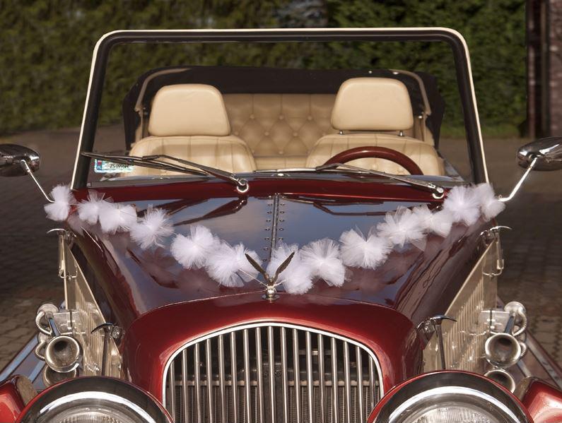 guirlandes pompon tulle déco voiture | décoration voiture mariage