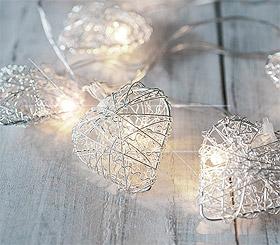 Petite Guirlande Led à piles avec coeur acier