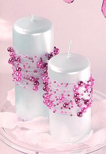 Bougies Entourées de Guirlandes Perles Rose