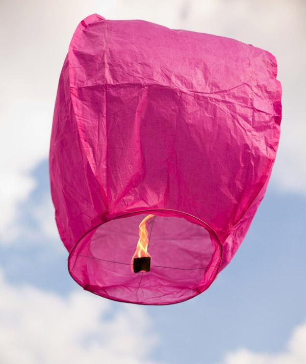 lanternes volantes sky lantern multicolor pas cher sky lantern lanternes c 233 lestes