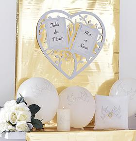 Marque Table Mariage Coeur Stylisé Géant Blanc
