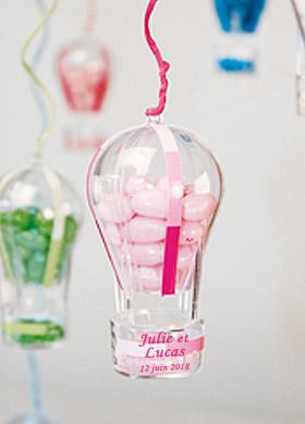 Montgolfière contenant bonbons