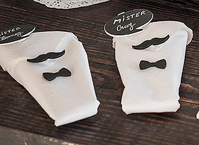 Mini Moustaches Autocollantes Déco Serviettes