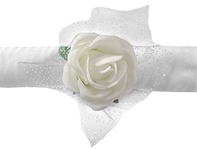 Bouquet Roses Blanches Tulle Mariage Blanc
