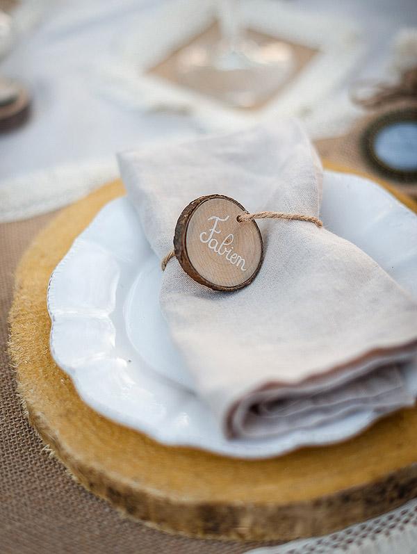 Rondins en bois avec ficelle marque place x6 noel - Rondin de bois mariage ...
