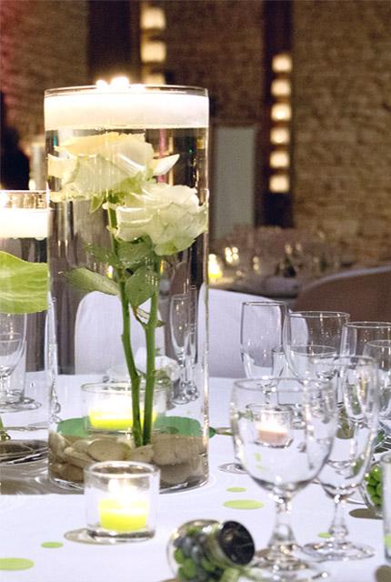 Le vase en verre g ant d co droit biseaux luxe 30 cm bougies d coratives for Grand verre a pied pour decoration