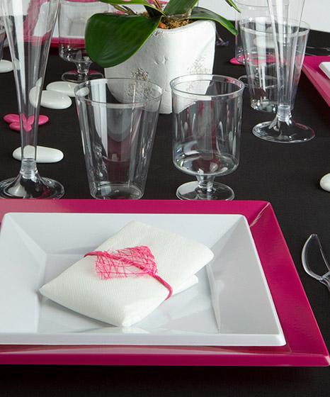 verres vin pied plastique transparent pas cher vaisselle jetable. Black Bedroom Furniture Sets. Home Design Ideas