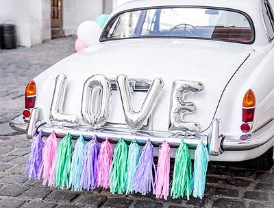 Déco de Voiture Ballons 4 Lettres LOVE